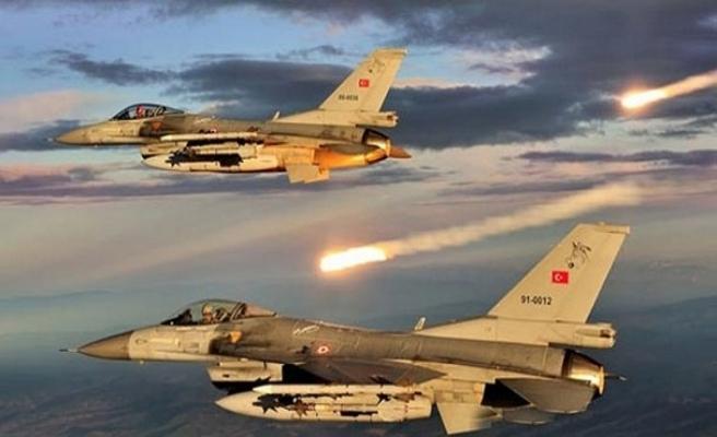 Pençe Harekatı ile koordineli Zap'taki PKK hedefleri vuruldu