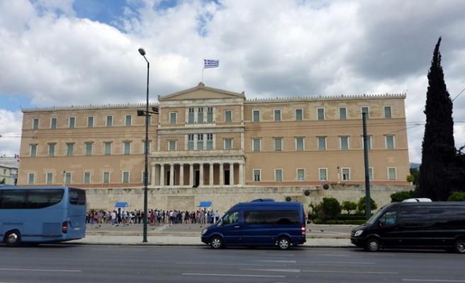 Yunanistan Parlamentosuna bomba ihbarı asılsız çıktı