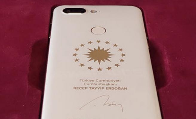 Bu telefon Cumhurbaşkan Erdoğan için üretildi