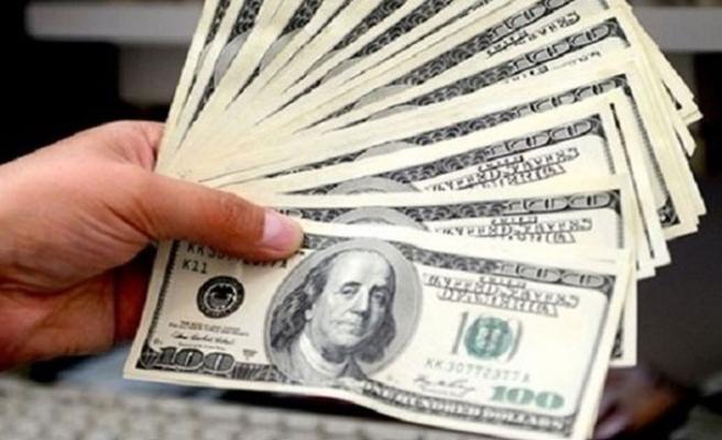 Dolar perşembe gününe hareketli başladı