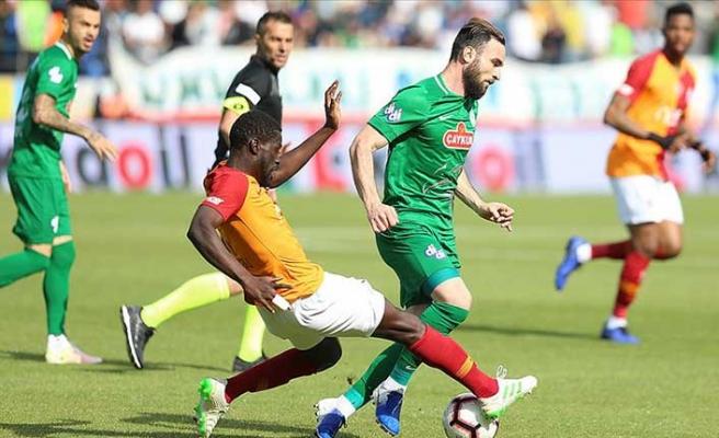 Galatasaray'a kaybeden Rizespor'da büyük isyan:  'Ahlaksızlar...'