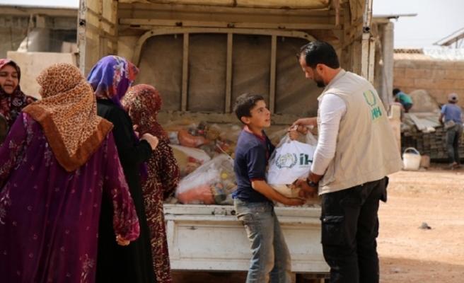 İdlib'deki saldırılardan kaçanlara insani yardım yapıldı