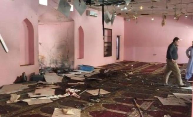 Afganistan ve Pakistan'daki camilerde patlama! Ölü ve yaralılar var