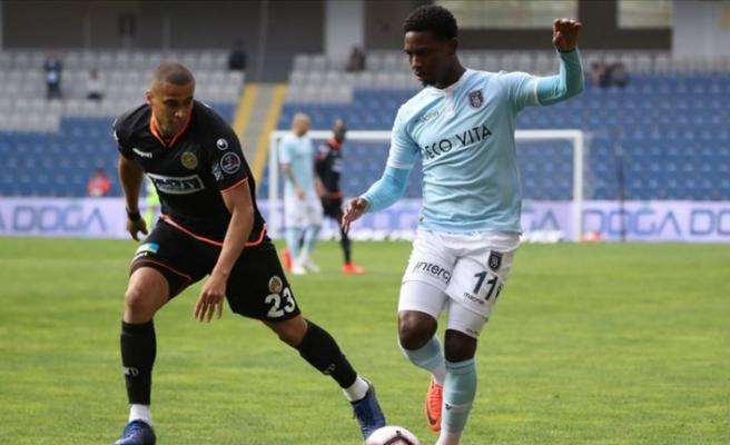 Medipol Başakşehir sezonu beraberlikle kapattı