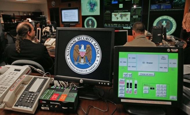 NSA'nın başı bilgisayar korsanları ile dertte