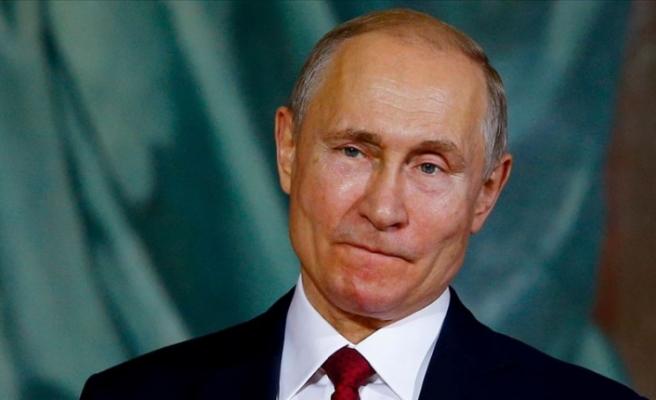 Putin, Merkel ve Macron ile Suriye'yi görüştü