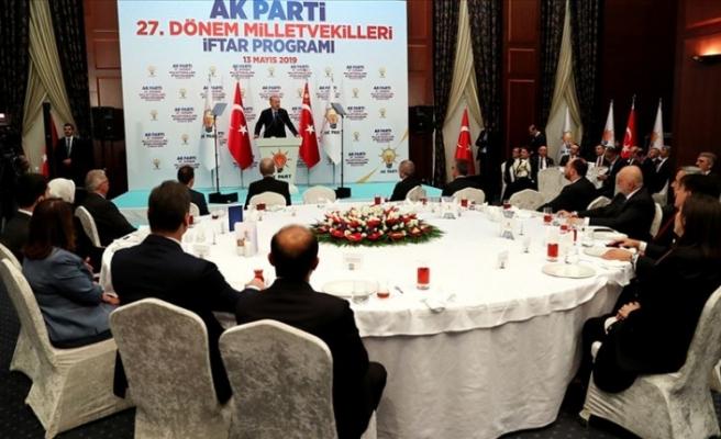 Cumhurbaşkanı Erdoğan: Sürekli yeni insanlar kazanarak önümüzdeki döneme hazırlanacağız