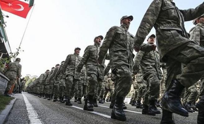 Yeni askerlik sisteminde erken terhise 'kademeli' formül