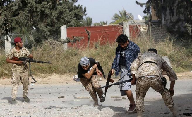 ABD destekli Hafter milisleri kritik noktaları ele geçirdi