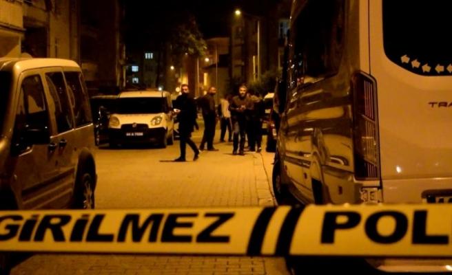 Akraba kavgası 1'i polis 2 kişinin hayatına mal oldu!