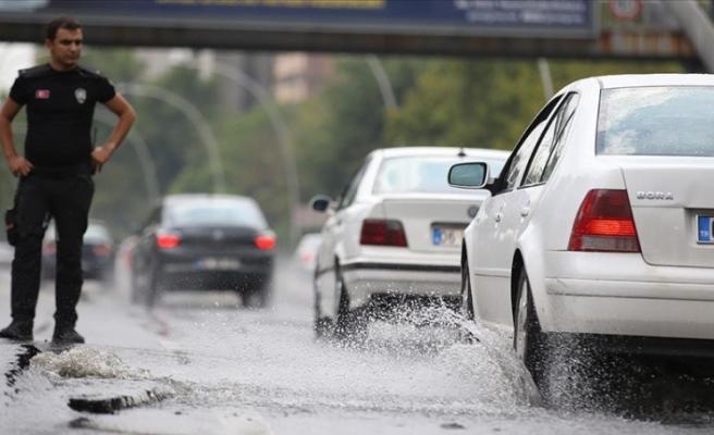Başkent için kuvvetli yağış ve dolu uyarısı
