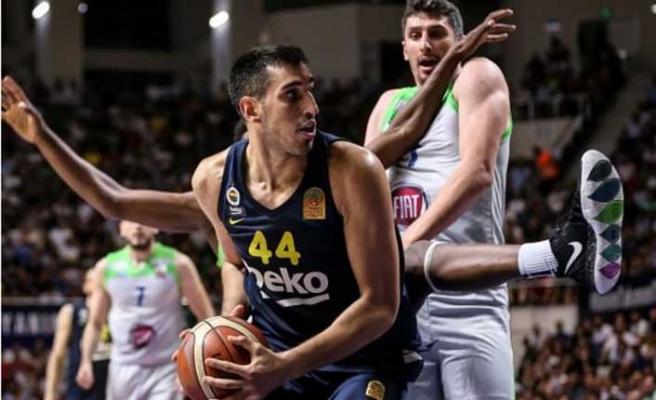 Basketbol Süper Ligi'nde finalin adı Fenerbahçe - Anadolu Efes