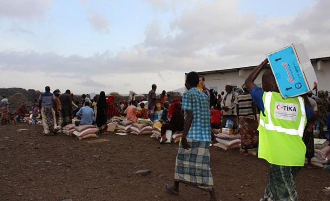 Cibuti'ye 45 tonluk gıda yardımı