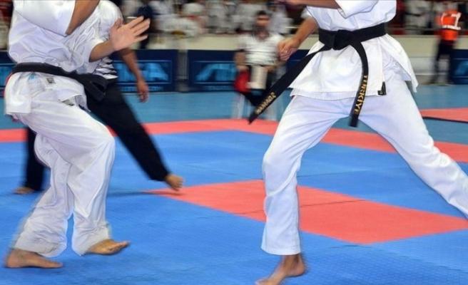 Karatede 3 madalya