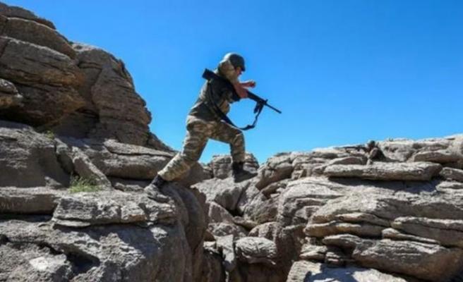 Gri kategoride bulunan 3 PKK'lı terörist öldürüldü