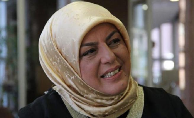 Sibel Eraslan yazdı: Siyasetçi eşi olmak
