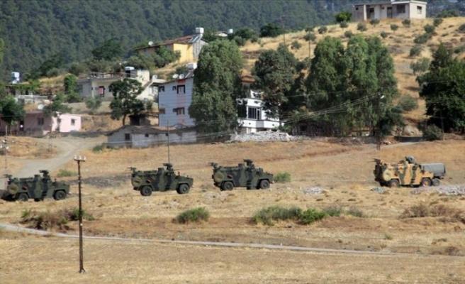 Sınır birliklerine komando sevkiyatı
