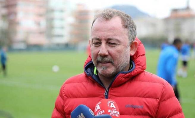 9 yıl aranın ardından Süper Lig'e dönen Denizlispor'da Sergen Yalçın sesleri