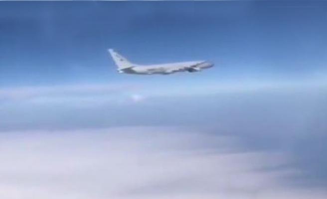Karadeniz semalarında tehlikeli yakınlaşma! Uçaklar havalandı...
