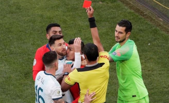Messi'den kırmızı kart protestosu! Çok sert açıklama