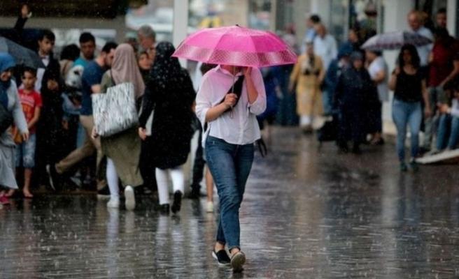 Meteoroloji uyarmıştı! Beklenen sağanak yağışlar başladı