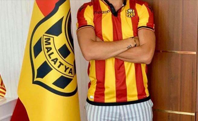 Yeni Malatyaspor'da orta saha transferi