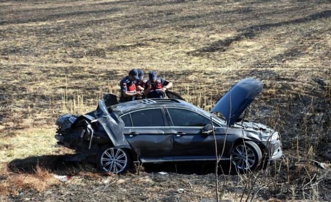 Mersin Belediye Başkanının konvoyunda kaza: 3 yaralı