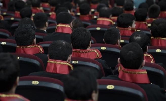 Adalet Bakanı Gül duyurdu: 1200 hakim ve savcı alınacak