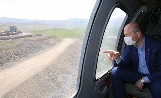 İçişleri Bakanı Soylu Türkiye-İran sınır duvarını inceledi