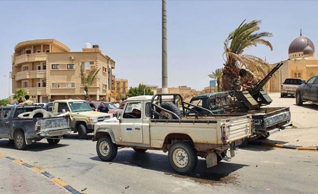Libya ordusu Vişke beldesini de darbeci Hafter'den kurtardı