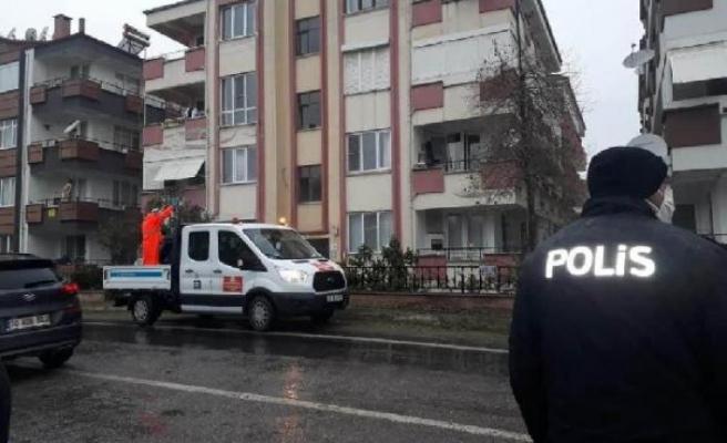 Balıkesir'de iki bina karantinaya alındı