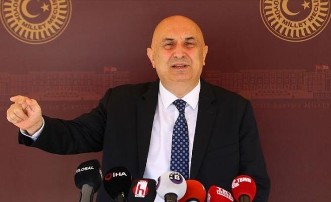 CHP'li Özkoç: Sosyal medyaya ilişkin kanun için Anayasa Mahkemesine başvuracağız