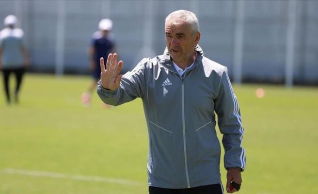 Sivasspor Teknik Direktörü Rıza Çalımbay: Fenerbahçe maçından galip gelmemiz gerekiyor