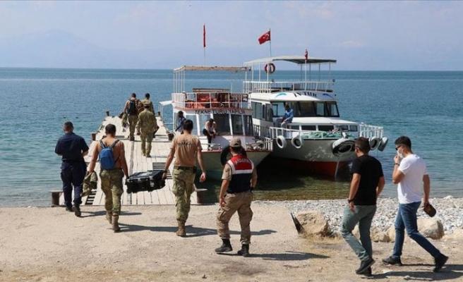 Van Gölü'nde teknenin batması sonucu kaybolan 6 kişinin daha cesedi bulundu