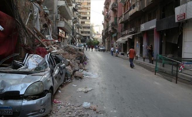 Beyrut Limanı'ndaki patlamayla umutları sönen Lübnanlı gençler çareyi yurt dışına çıkmakta arıyor