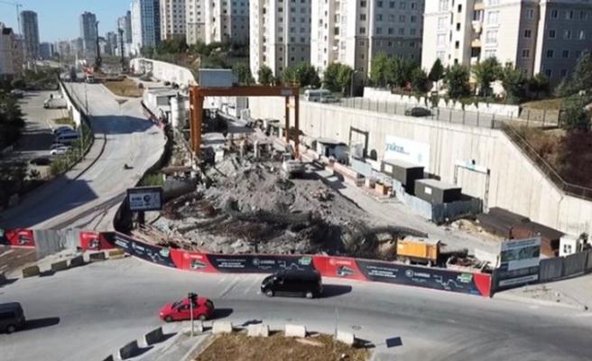 Bakan Karaismailoğlu: 'İBB'nin yapmadığı Metrokent-Kayaşehir metrosu 18 ay sonra açılacak'
