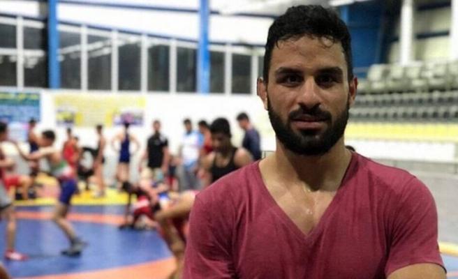 İran, cinayetle suçlanan şampiyon güreşçi Navid Afkari'yi idam etti