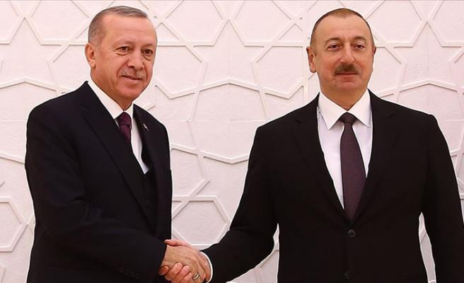 Cumhurbaşkanı Erdoğan, Azerbaycan Cumhurbaşkanı Aliyev'i tebrik etti