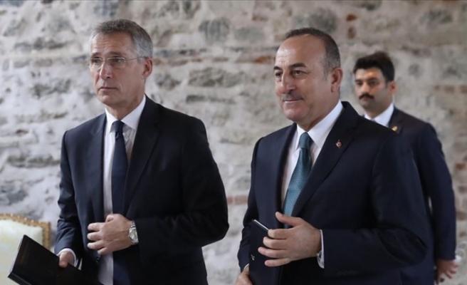 Dışişleri Bakanı Çavuşoğlu, NATO Genel Sekreteri Stoltenberg ile telefonda görüştü