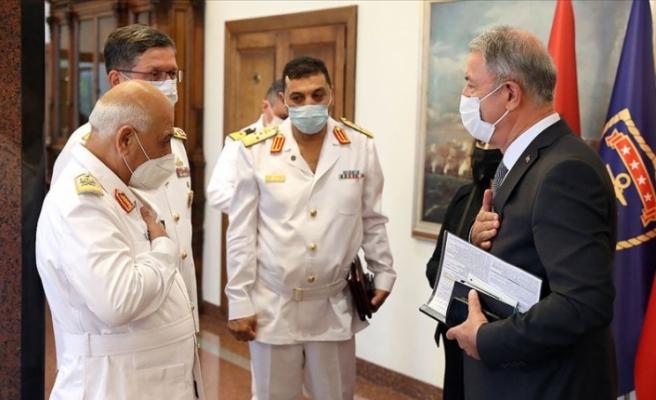 Hulusi Akar, Libya'nın meşru hükümetine destek verdi