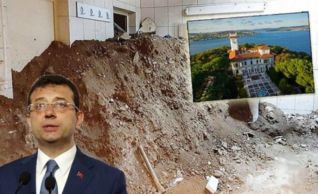 Hidiv Kasrı'nda 'izinsiz kazı' iddiası