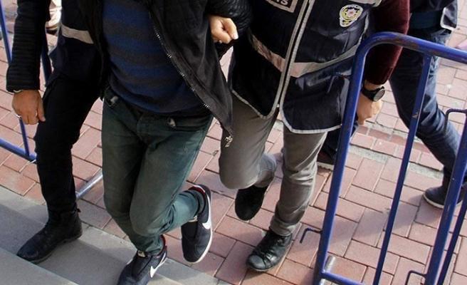 İki ildeki FETÖ/PDY operasyonunda aranan 6 kişi yakalandı