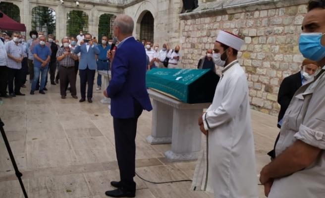 İlim Yayma Vakfı kurucularından Sabri Özpala'nın cenazesi geniş bir katılımla toprağa verildi