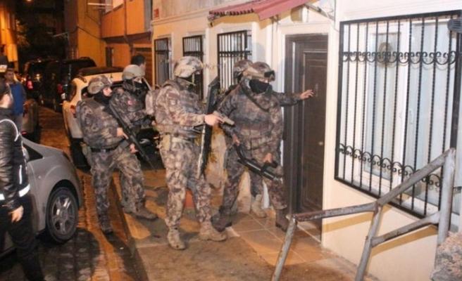 İstanbul'da 6 ilçede zehir tacirlerine operasyon