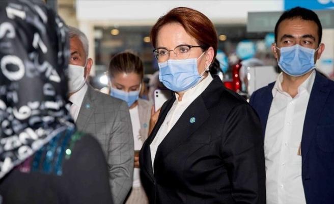 İYİ Parti Genel Başkanı Akşener, Kütahya'da esnafı ziyaret etti