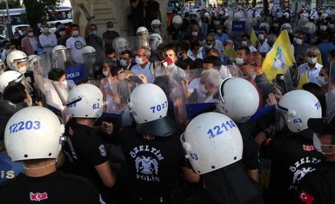 HDP'nin Şanlıurfa'daki izinsiz yürüyüşünde 5 kişi gözaltına alındı