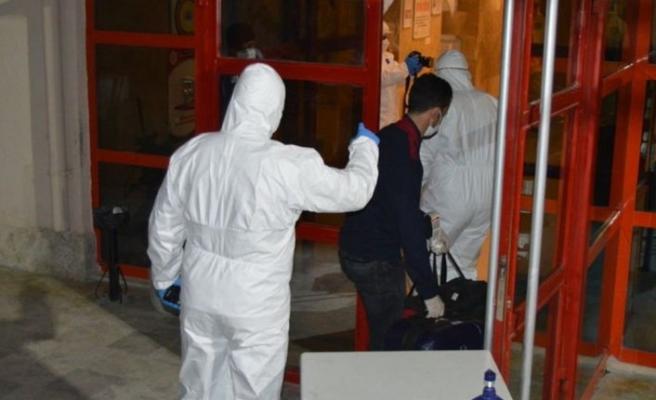 Antalya'da karantina kuralına uymayan 15 kişi yurtlara yerleştirildi