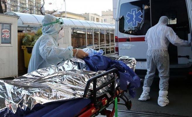 İran'da koronavirüsten  hayatını kaybedenlerin sayısı 23 bini aştı
