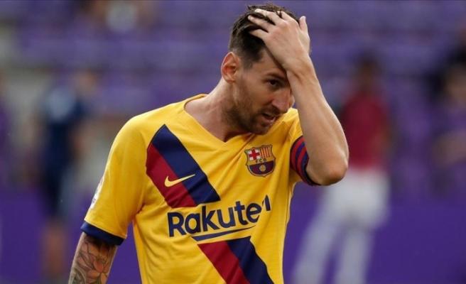 Takımdan ayrılmak isteyen Lionel Messi ilk antrenmana katılmadı