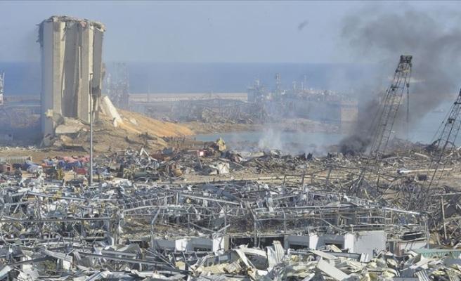 1 ay sonra Beyrut'taki patlamanın enkazından bir kişiye canlı ulaşma umudu doğdu